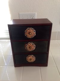 Brown and Green Wooden 3-Drawer Small Box Las Vegas, 89103