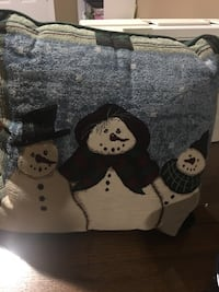 Snow men-pillow, Tin can and snow buddies Harpers Ferry, 25425