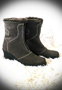 HENRI PIERRE INSULATED SUEDE WINTER BOOTS - SIZE 7.5/8 WELLAND