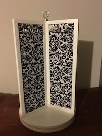 Spinning black and white jewelry display  Maple Ridge, V2X 6E4