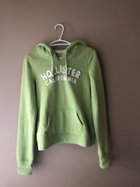 Women's Hollister hoodie size medium  Calgary, T3E 7M7