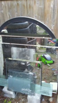 Tons of mirrors and glass. Tons of diffrent sizes Surrey, V3W 2L2