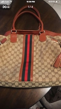 Gucci large size bag Mississauga, L5M 3C5
