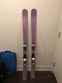 Blizzard black pearl 78 skis and Marker Bindings