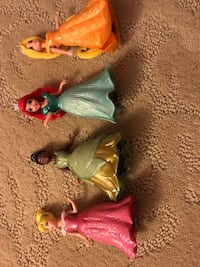 Princess girls, the dresses come off and are inner changeable. Wind Point, 53402