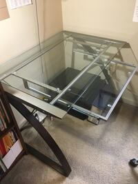 Computer desk with glass top Bethesda, 20814