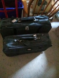 Matching suit cases Warr Acres, 73122