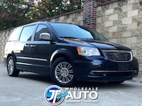 2011 Chrysler Town & Country Wgn Limited*CARFAX *Runs Excellent *Cold AC *130K Miles *No Payments