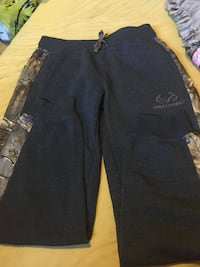 black Realtree pants Winnipeg, R2W 2X7