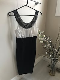 Little Black Dress worn 1 time. Size 0 Aurora, L4G