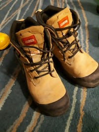 pair of brown-and-black work boots Vancouver, V5K 2T2