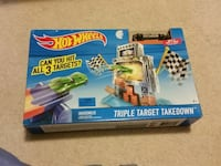Hot Wheels triple Target takedown. New in box. Strawberry Plains, 37871