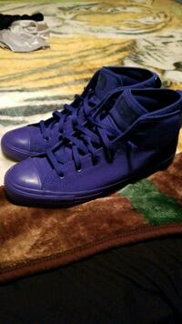 Converse Size 11 Houston, 77080
