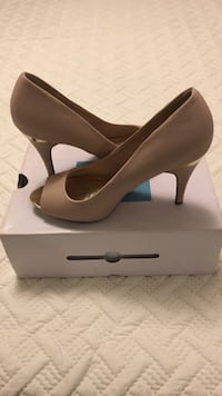 Pair of tan heels (Spring Shoes)  Toronto, M9B 0B2