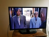 32 inch lg led tv with remote  Midland, 79707