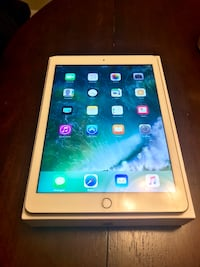 New Apple Ipad Wifi 32gb Gold  Alexandria, 22312