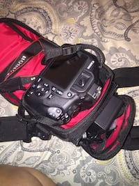 Black canon dslr camera with bag Vaughan, L4H 3L6