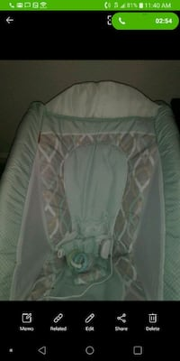 baby's white and green bouncer Fairfield, 94533