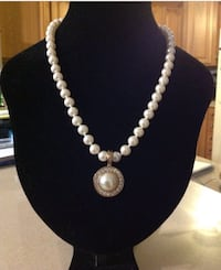 Costume Pearl Necklace and Pendant