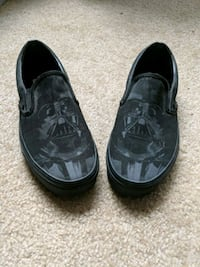 Mens 8 Darth Vader Slip-on Vans  Fairfax, 22030