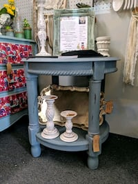 Round end table Knoxville