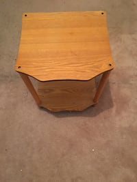 Wooden side  ( coffee ) table  Mississauga, L4Y 2A6
