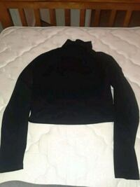 turtleneck croptop Stockton, 95204