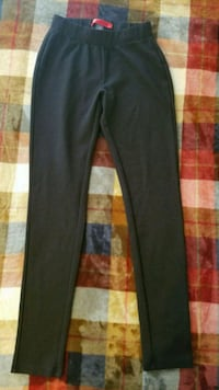 HOT KISS black leggings size small Pearl, 39208