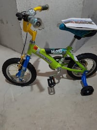 toddler's yellow and blue bicycle with training wheels Mississauga, L5M 7B9
