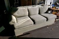 Couch,,  needs a little cleaning Woodbridge Township, 07095