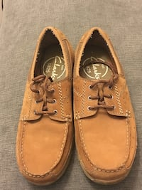 Clarks size 9 Fairfield