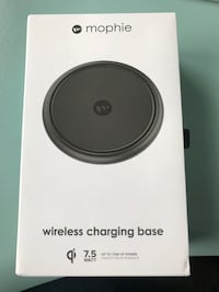 Mophie Wireless Charging Base Toronto, M6K 3E7