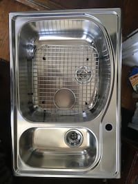 Stainless steel kitchen sink.