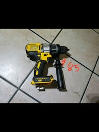 black and yellow DeWalt cordless power drill South Gate, 90280