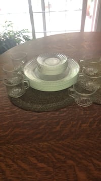 Clear plates 8 mugs6 saucers 8