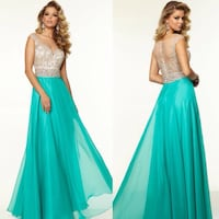 GRAD DRESS Surrey, V3R 1G3