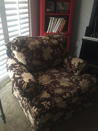 Brown chair in smoke free home . Chair is in great condition. It's a very comfortable chair .  Palm Harbor, 34685