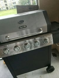 black and gray propane / gas grill Tampa