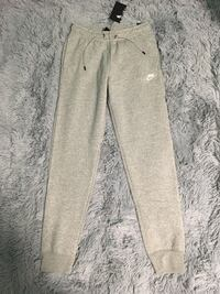 Nike Women's Essential Fleece Jogger Toronto, M1R 4V5