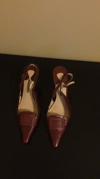 pair of pink leather pointed-toe heels Alexandria, 22306