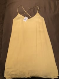 women's yellow and white sleeveless dress San Antonio, 78253