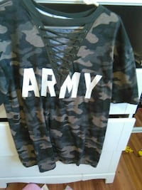 brown and grey Army printed camouflage shirt