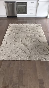 gray and white floral area rug Toronto, M6H 1N4