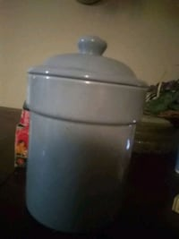 Blue. Ceramic  container with lid Wichita, 67217