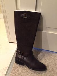 Pair of brown  leather knee-high boots Staunton, 24401