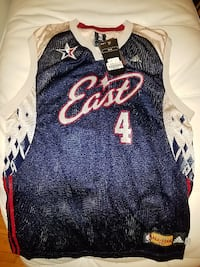 New with tags 2007 Eastern Conference jersey signed by Chris Bosh size large Windsor
