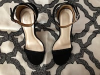 pair of black leather open-toe ankle strap heels 42 km
