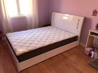 Brand new white high gloss queen platform bed frame with storage 多伦多, M1P