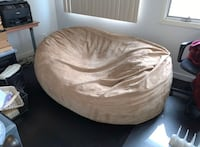 XL Couch - sized bean-bag Milford, 06460