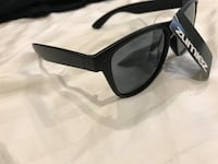 black framed Ray-Ban wayfarer sunglasses Mississauga, L5M